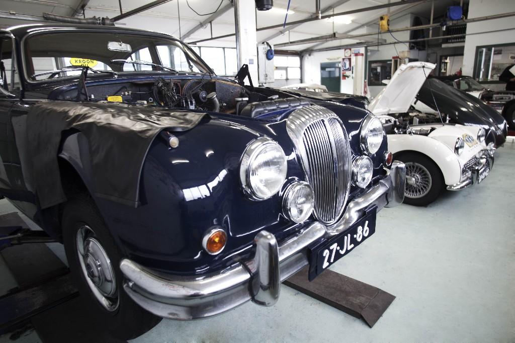 Garage Classic Service | Jaguar Daimler Club Holland Aandeel Daimler