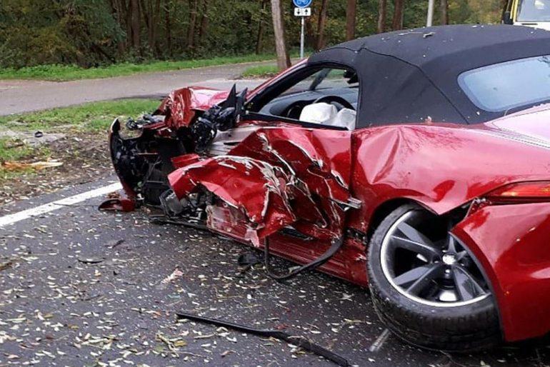 jaguar-f-type-crash-2019-2